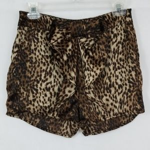 Ark & Co Bow Front Shorts Size S